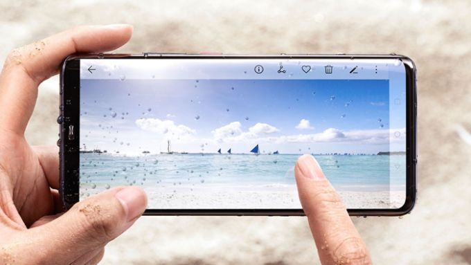 Best smartphones for the beach
